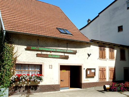 Bauernhaus von 17.08, heute Sitz des Kelterhauses des Obst- und Gartenbauvereins