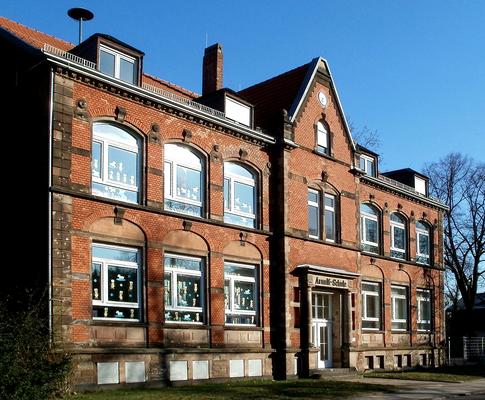 Grundschule St. Arnual von 1905