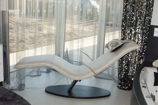 Luxury Living - Lederoptik weiß - Einzelanfertigung