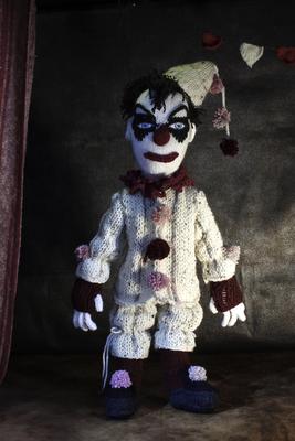 Vintage Clown, Figuren-Design, Gestricktes sowie Foto: Claudia Schildt