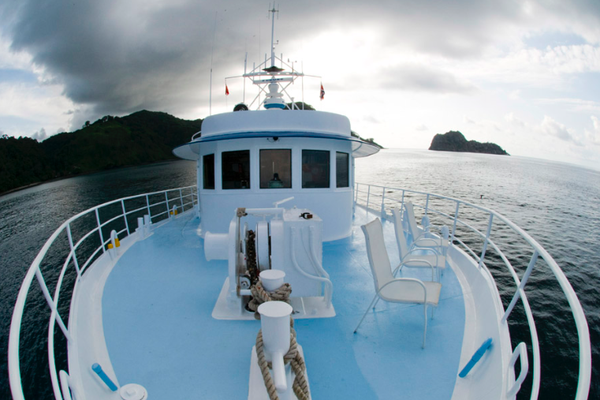 Sonnendeck des Schiffes Seahunter auf der Kokosinseln, ©Underseahunter Group