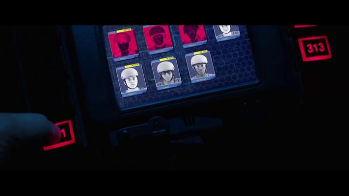 """Nachdem """"Zombie"""" zur WPAFB zurück muß, wird er gefragt was mit seinem Team ist. Er sagt """"Alle tot!"""" darauf hin bekommt die Oberste Befehlshaberin den Auftrag alle Toten zu beseitigen---"""