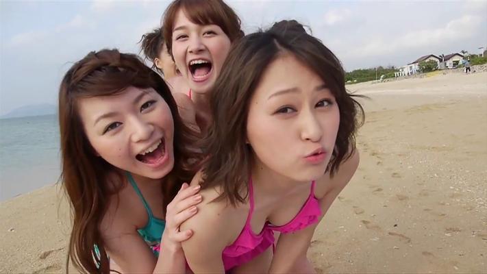 am Strand wurden die SOLO Gravure Videos und die gemeinsamen Aufnahmen gedreht