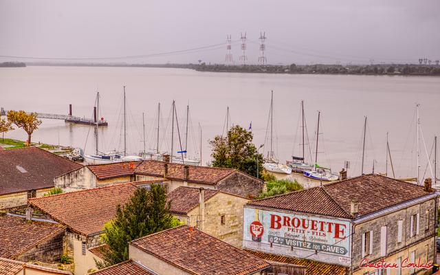 Le port depuis le belvédère de Bourg-sur-Gironde. Samedi 26 septembre 2020. Photographie HDR © Christian Coulais