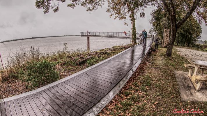 Belvédère à Roque de Thau, port estuarien de la Gironde. Villeneuve/Gauriac, samedi 26 septembre 2020. Photographie HDR © Christian Coulais