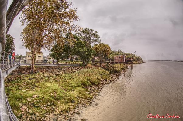 Roque de Thau, belvédère sur l'estuaire de la Gironde. Villeneuve, samedi 26 septembre 2020. Photographie HDR © Christian Coulais