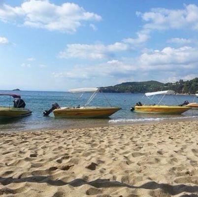 Boat hire Skiathos