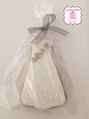 Galletas de boda con vestido de novia.