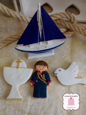 Galletas de comunión cáliz y paloma. Galletas de comunión niño. Galletas de comunión marinero.