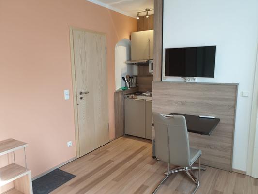 Arbeitsplatz im Apartment bei Elodie Serviced Apartments in Vaterstetten