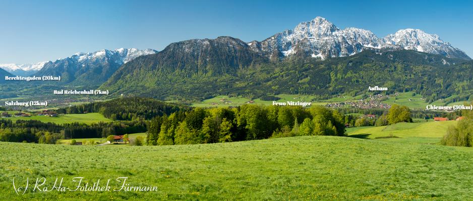 Darstellung der Lage von Ferienwohnung Nitzinger in Jechling, Berchtesgaden (20km), Salzburg (12km), Chiemsee (30km) und Bad Reichenhall (7km) sind in direkter Umgebung.
