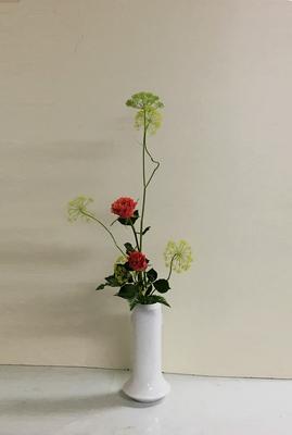 2019.2.20 <茴香(ウイキョウ) バラ レザーファン> Rikuくんの作品です。バランス良くとても上手にいけられましたね。