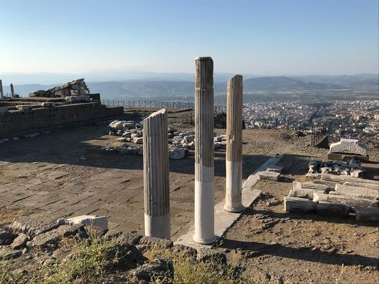 Pergamon: Säulen der Akropolis