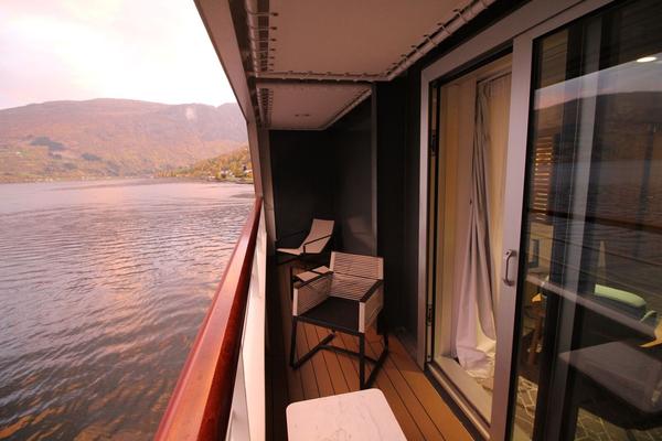 Grosszügiger Balkon der Privilige Suite