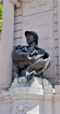 Détail du monument aux Morts de Brénod