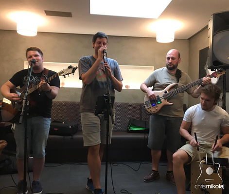 Kult-Uhr Stammvokal - Juli 2019