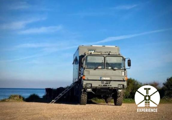 World Roaming im Expedition Vehicle. Schöne Ausblicke auf perfekte Landschaften. Individualreisen im Reisemobil nach Kundenwunsch.