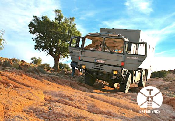 Geländegängige Expeditionsmobile / Expeditionsfahrzeuge mit richtiger Rahmenlagerung dass die Kabine nicht leidet