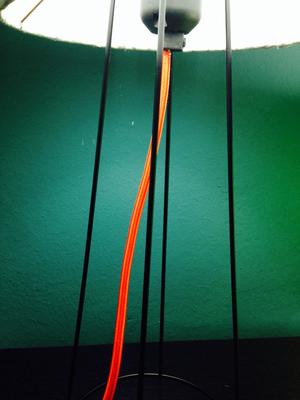 Detailansicht unsere Tischlampe small clone