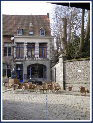 Doornik - de Catharina-lijn uit de richting van restaurant 'Le Pinacle'