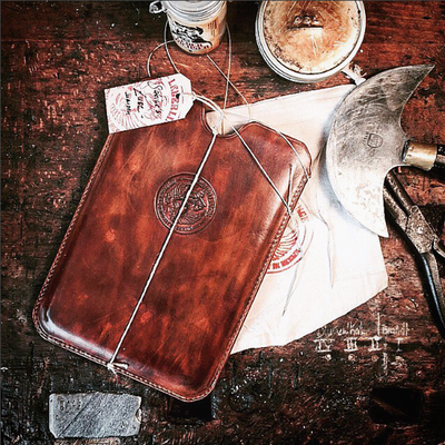 EXTRAWURST | iPad COVER | maroon vintage
