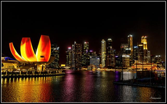 Skyline with Museum of Science, Singapore