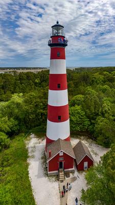 Der 43m hohe Leuchtturm auf Assateagueisland Virginia USA