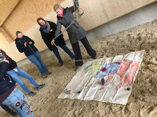 Reitpädagogen-Fortbildung rechts: Kolly Holland-Nell (Gründerin von TeamPonyConcept)