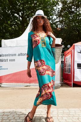 Miss Souk Kaftankleid Modenschau altonale Hamburg