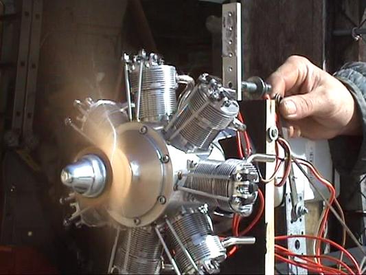 Flugzeug-Sternmotor