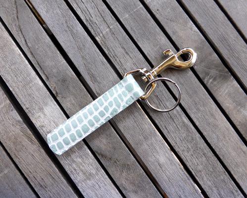 Schlüsselanhänger für Taschenkollektion Python WhiteTea