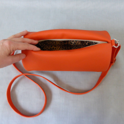 Duffle Bag Orange with Leopard Innenansicht Leopardfutter