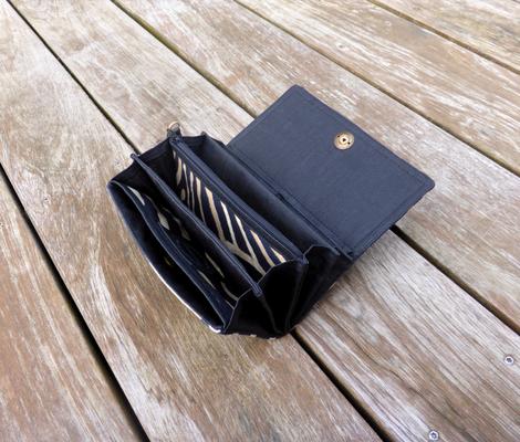 Portemonnaie der Taschenkollektion Zebra geöffnet