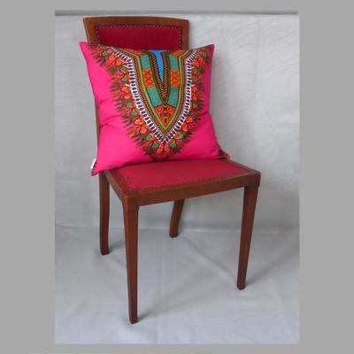 Afrika in pink. Der Stuhl dient der Deko und ist nicht inkludiert im Preis