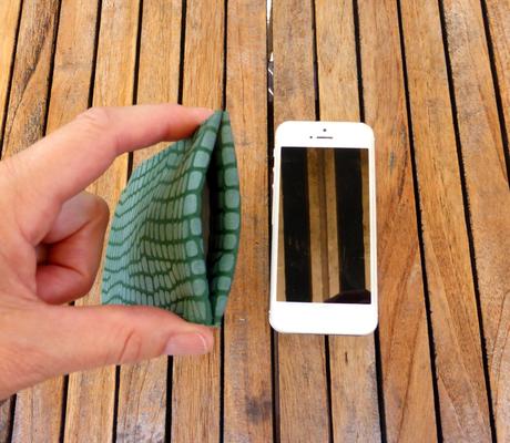 """iPhonehülle """"Python moosgrün"""""""