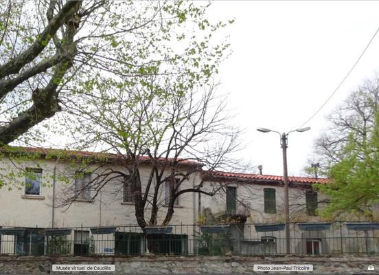 Les deux bâtiments