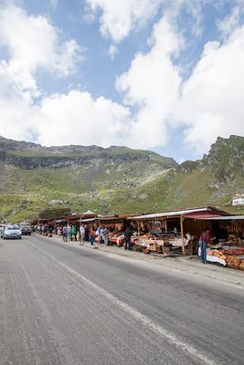 tourismus pur auf höchstem punkt_ transfagarasan