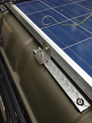 Solarpanel Befestigung auf Hochdach