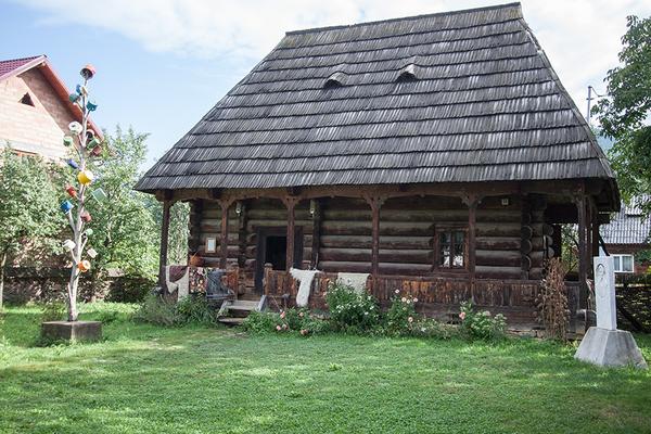 museum dragomiresti