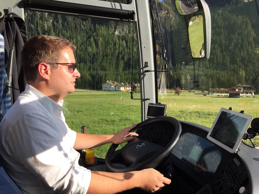 Unterwegs mit dem Arnetsrieder Schützen als Busfahrer