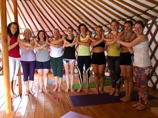 Yogagruppe, Yogaretreat Sardinien 2019