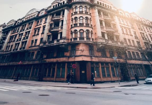Ein Highlight von Riga ist der Besuch des ehemaligen KGB-Hauses, hier ein Archivfoto. Von den Rigaern auch als das Eckhaus bezeichnet, wurde es erstmals 1940 von den Angehörigen des sowjetischen Geheimdienstes genutzt.