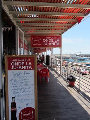 Einige Restaurants am Hafen Iquiques