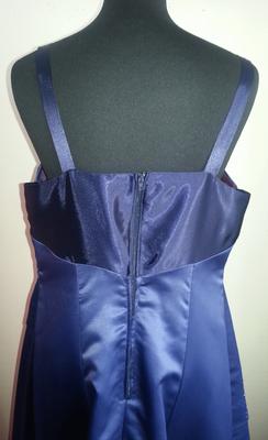 4. Nachher neu Stoffe - Rückenteil ersetzt mit Reißverschluss