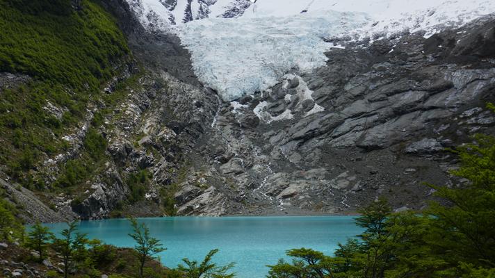 Der erste Gletscher: Glacier Huemul beim Lago del Desierto