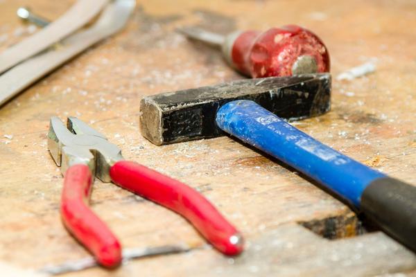 Reparatur von kaputten Regalteilen, wie z.B. Regalsteher - Lagerconsulting wir reparieren Regale