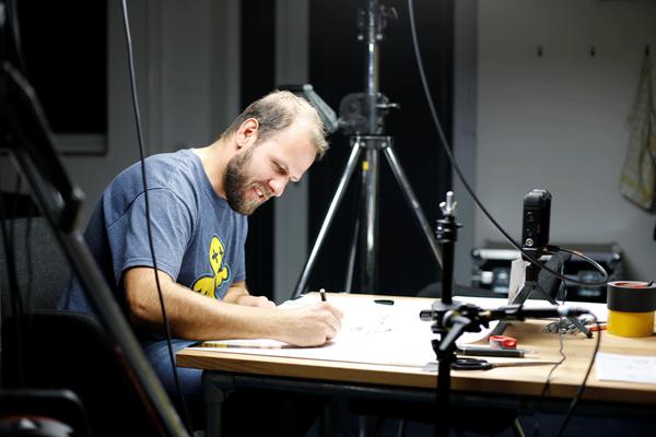 Zeichner im Profil