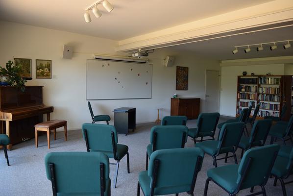 Sala de clases del Instituto Krotona de Teosofia, Ojai