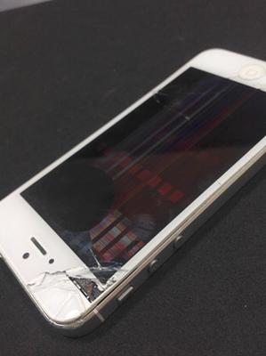 iPhone5 液晶損傷画像