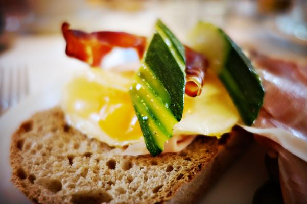 Top Frühstück in der Villa Groff in Auer